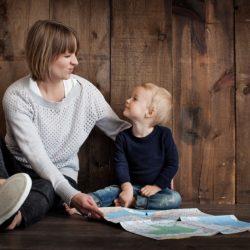 Отобрать ребенка у матери. Определить место жительства ребенка с отцом.