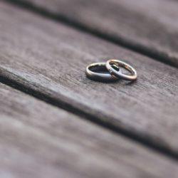 Как оформить развод, когда не работает ЗАГС и суд